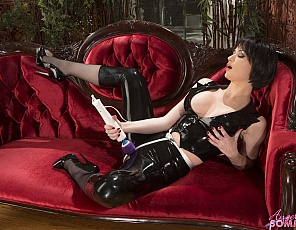 content/Latex-Pants-With-Wand/1.jpg